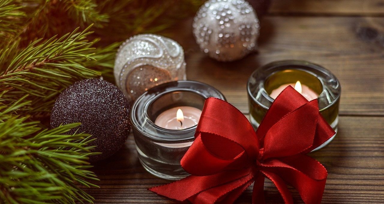 10 Best Christmas Decoration items to Buy 2020