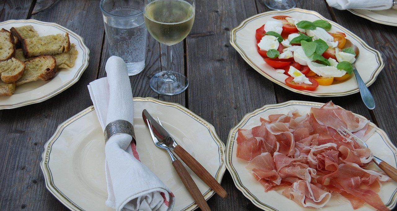 Best Outdoor Dinnerware Sets Reviews
