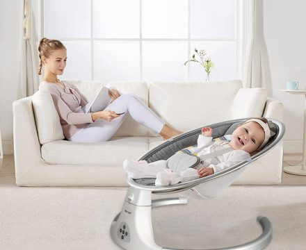 3 of the Best Automatic Rockers for your Baby