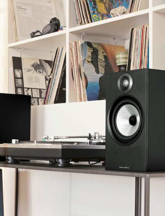 The 3 Best Bookshelf Speakers Review